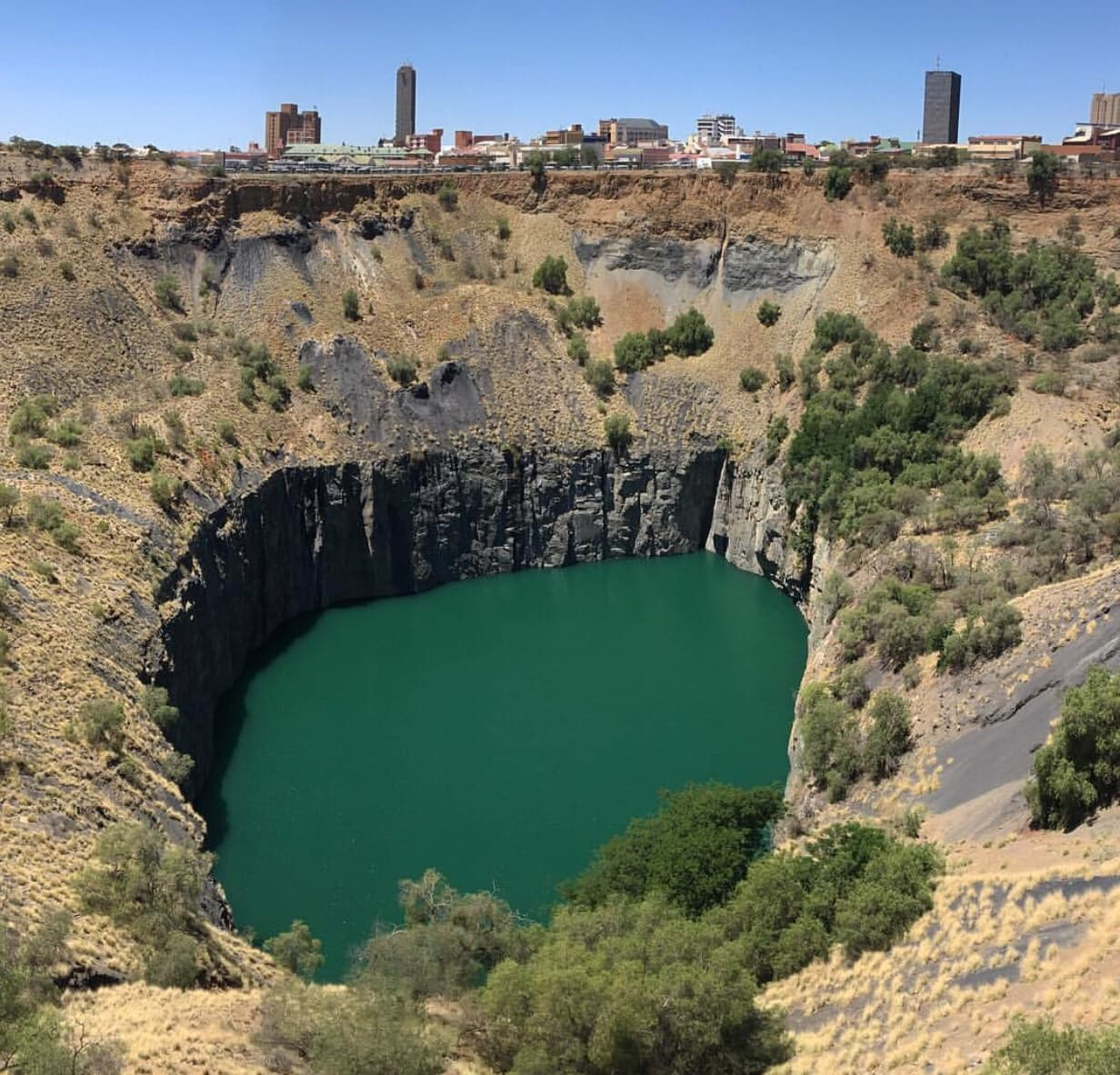 The Big Hole, Kimberly, South Africa Guide