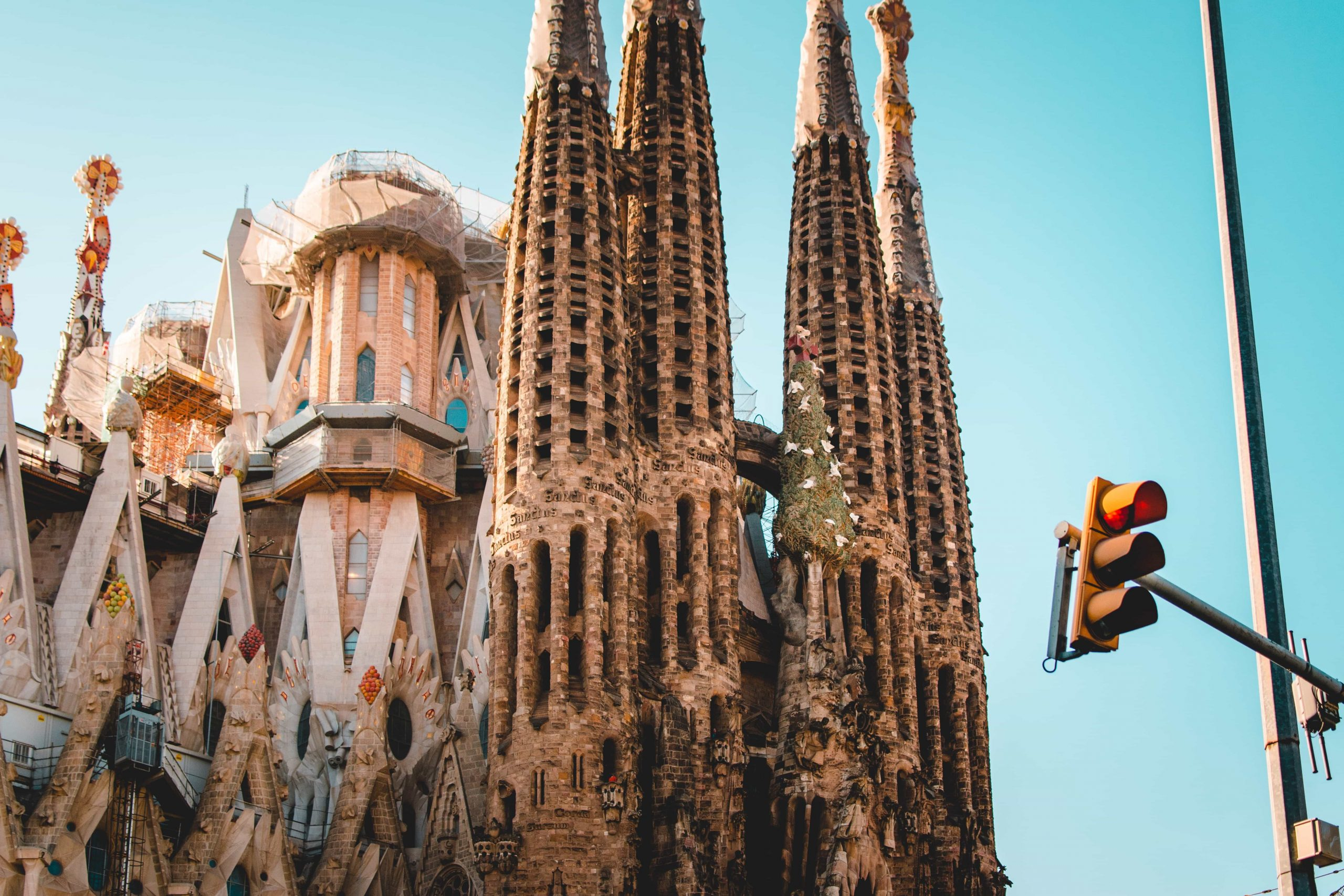 20 FUN things to do in Barcelona